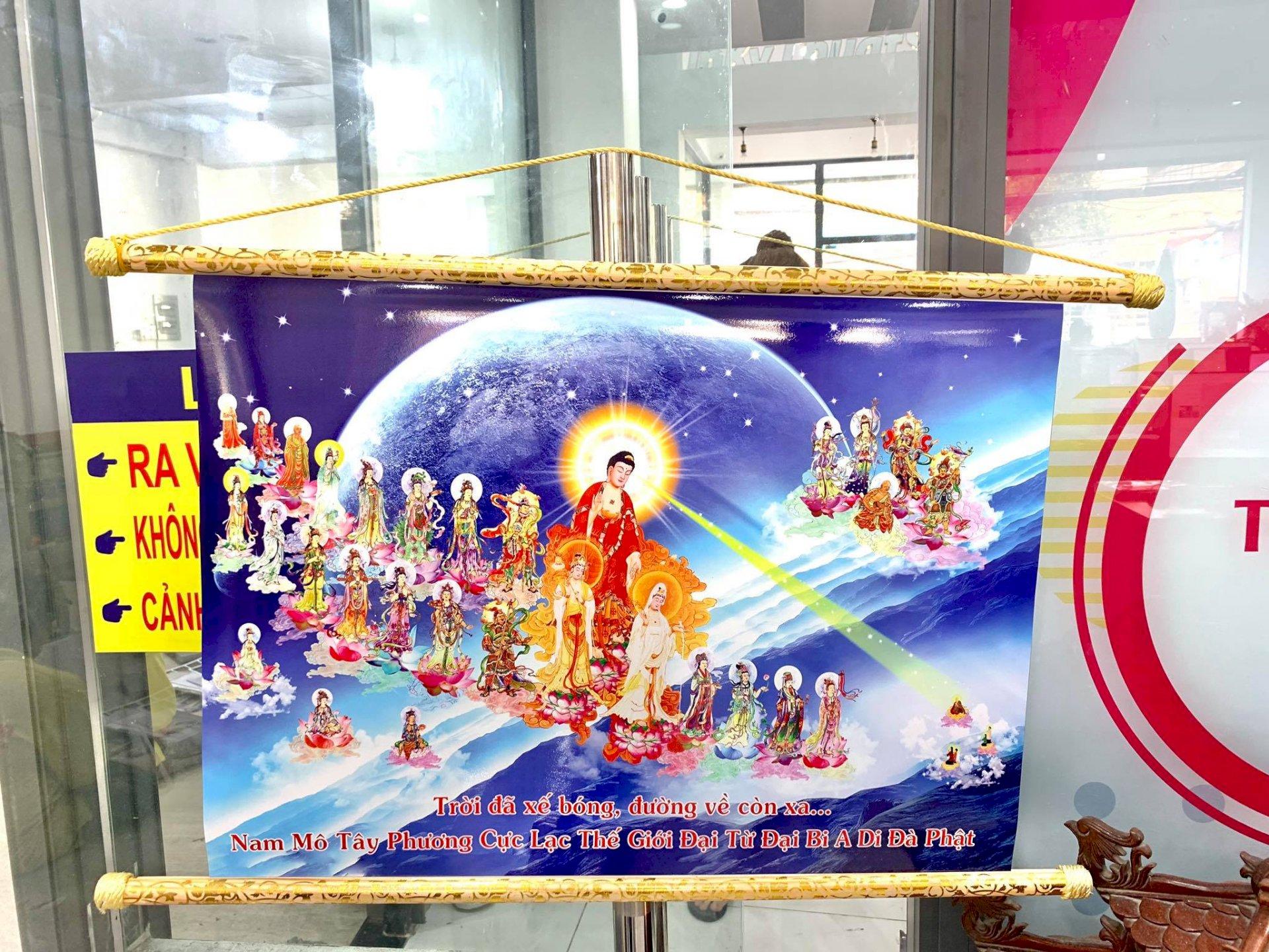 In ảnh Phật, tranh Phật - in ảnh kỹ thuật số nẹp gỗ hoa văn