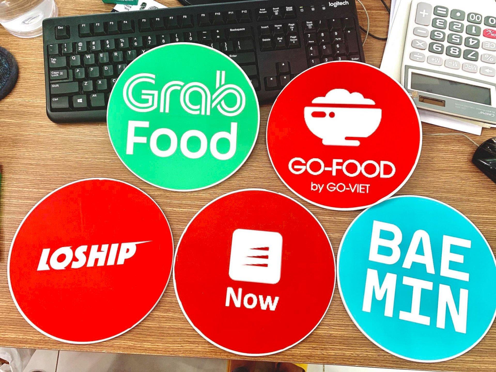 In sticker size lớn ứng dụng đặt và giao đồ ăn online Grab Food - Go-Food - Loship - Now - Baemin - Ảnh: 1