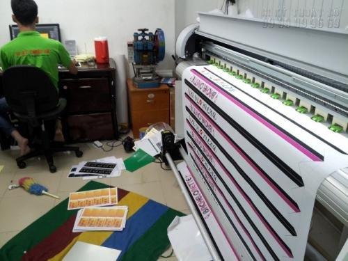 Sản phẩm in vải silk được in trên máy in khổ lớn theo công nghệ Nhật Bản