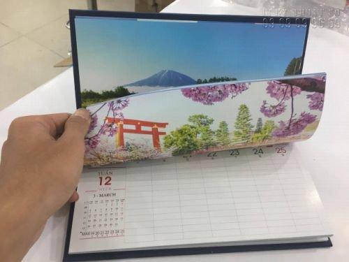Đặt lịch để bàn đẹp - in lịch để bàn phong cách thiên nhiên các nước - thành phẩm in thực tế tại In Kỹ Thuật Số