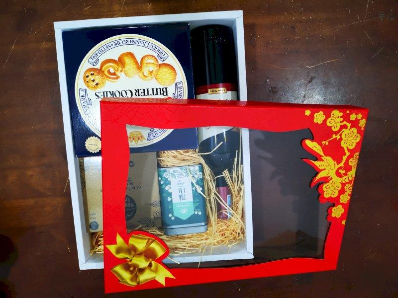 In vỏ hộp quà Tết - nắp kính (giấy kiếng)