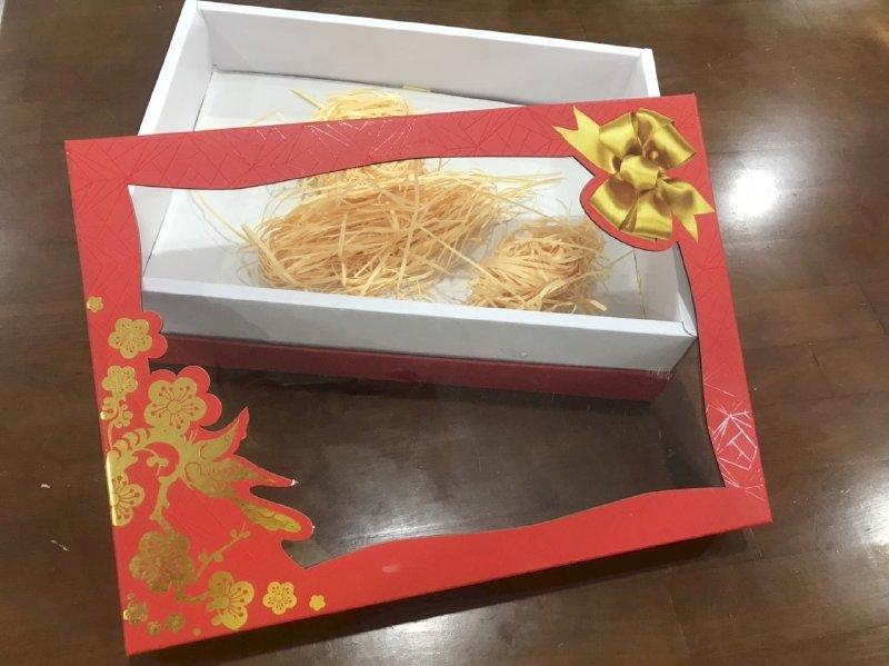 In hộp giấy Carton làm hộp quà Tết