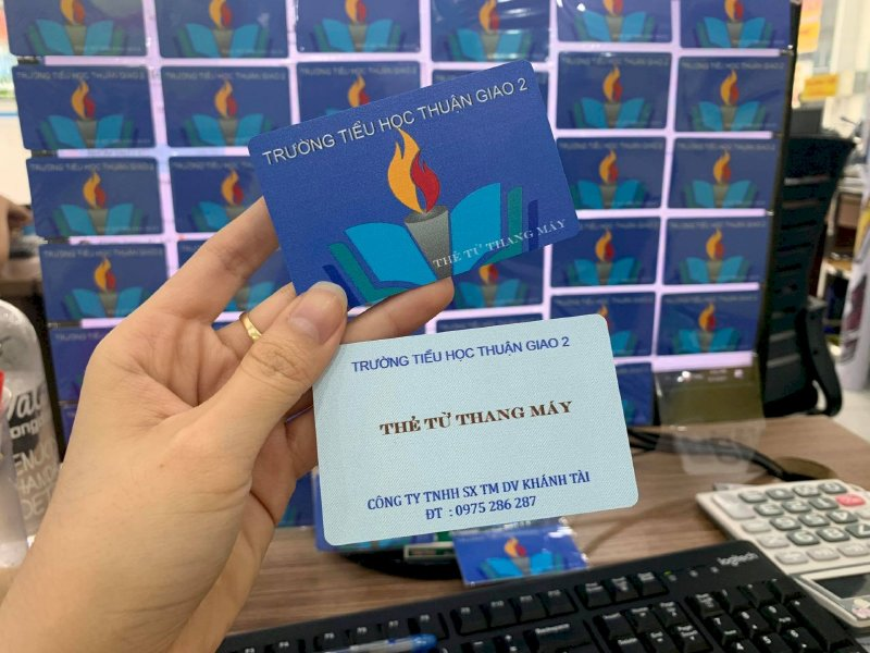 In thẻ từ thang máy cho trường tiểu học Bình Dương - Ảnh: 1