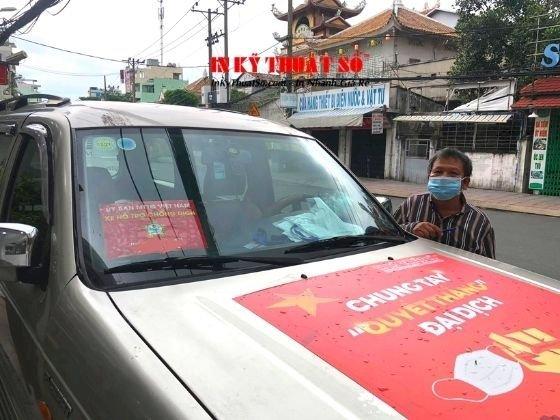 In phù hiệu xe hỗ trợ chống dịch, tin decal tem nhãn dán xe ô tô - TPHCM - hàng in lấy trong ngày - Ảnh: 3